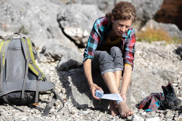 Treat a Sprain While Hiking
